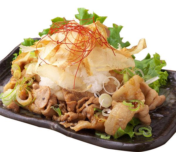 うす切りバラ肉に大根おろし土佐酢皿